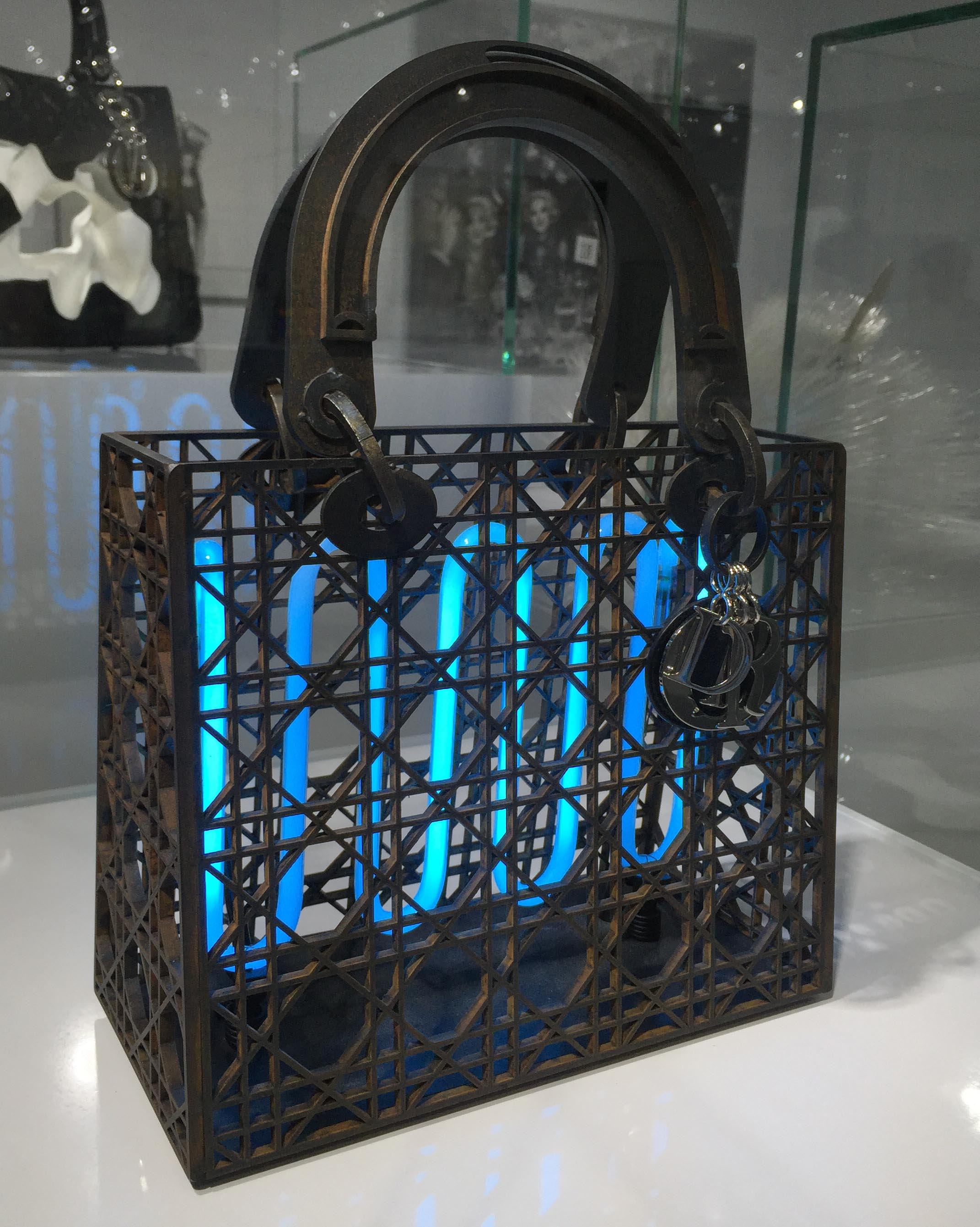 「Lady Dior As Seen By」 在台北